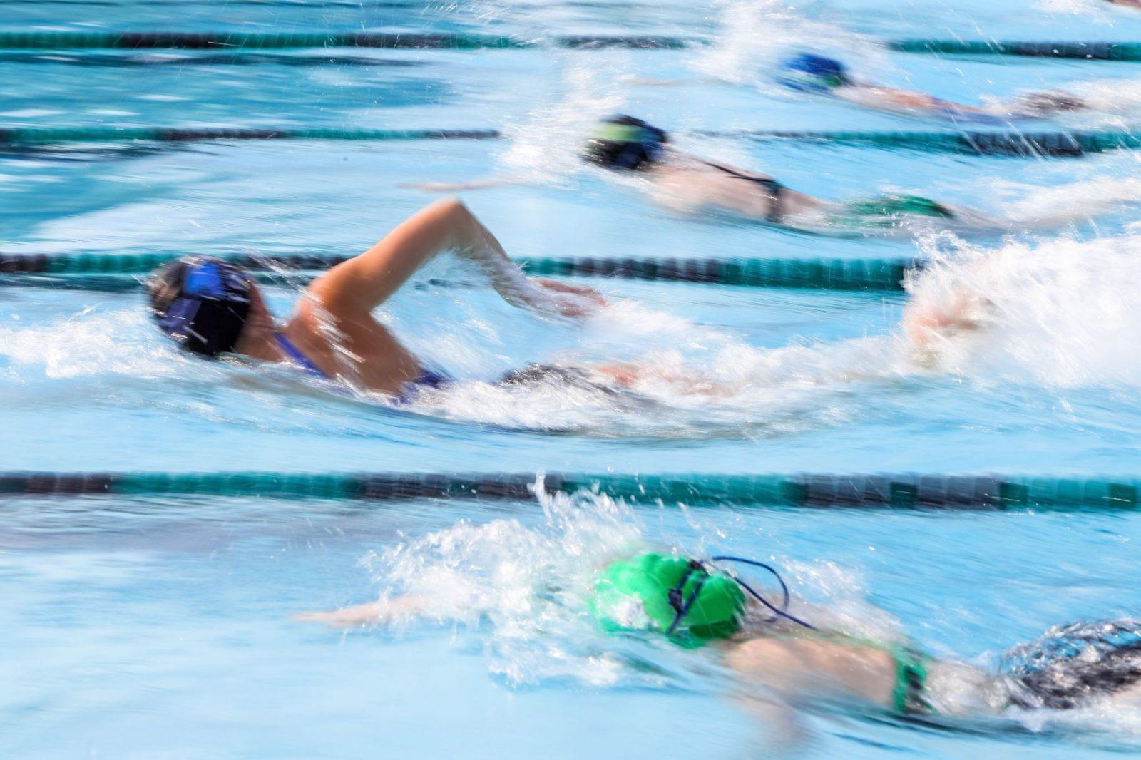Polscy pływacy w zawodach